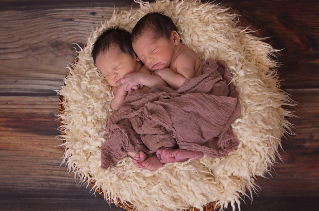 מצפה לתאומים- בדיקות ומעקב לקראת לידת תאומים