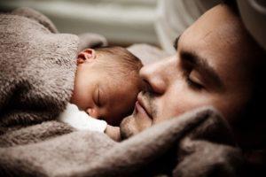 להרדים תינוק