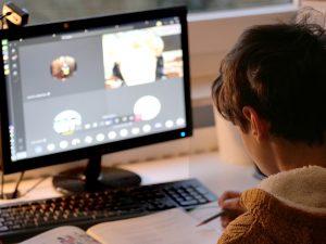 איך למנוע מהילדים להיחשף לתכנים לא הולמים ברשת?